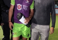 sardar-singh-along-with-his-fan