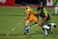 sardar-singh-in-action