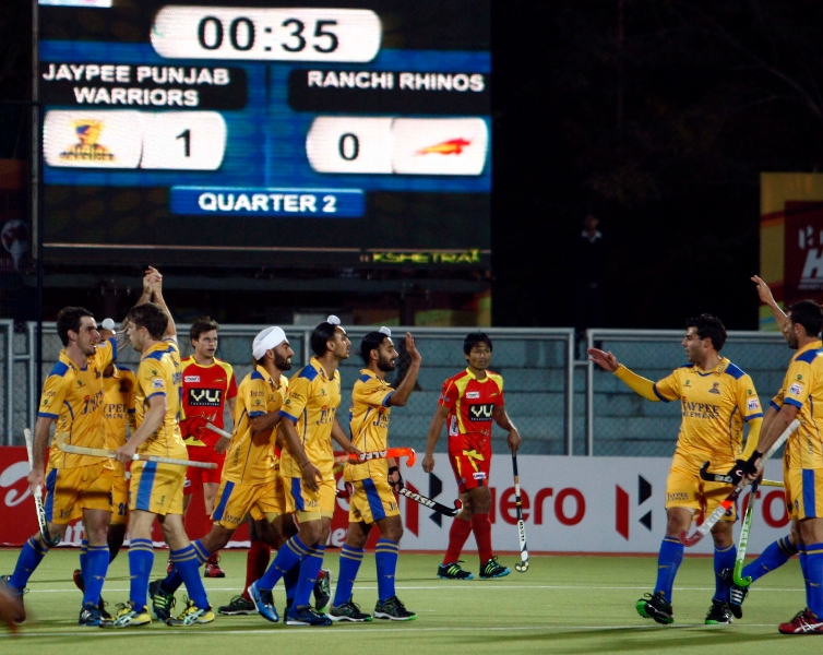 lucas-rey-scores-first-goal-for-punjab-warriors-against-ranchi-rhinos-at-jalandhar-on-4th-feb-2013-4