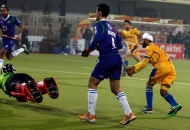 malak-singh-of-punjab-warriors-scoring-a-first-goal-for-punjab-warriors-against-up-wizards-at-jalandhar-on-22nd-jan-2013-2