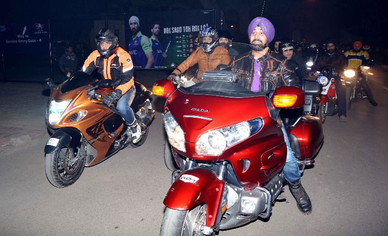 bikers-group-at-delhi-2