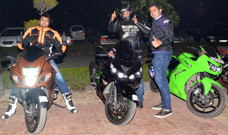 bikers-group-at-delhi-4