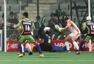 dwr-scoring-a-1st-goal-against-kl-at-delhi