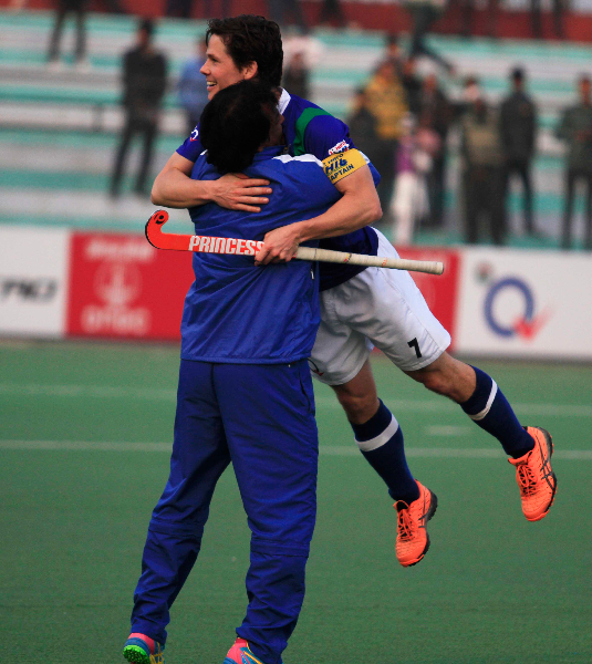 upw-celebrates-after-win-the-match-2