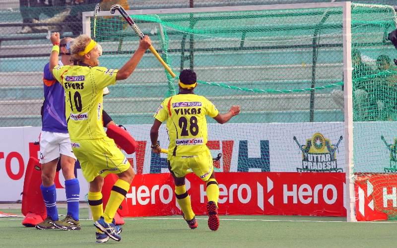 rr-scoring-a-goal-against-upw-at-lucknow