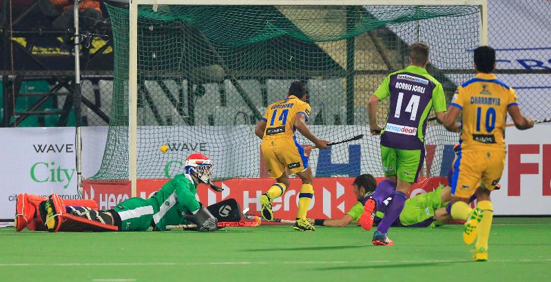 dwr-scoring-a-first-goal-at-delhi