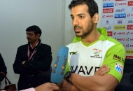 bollywood-actor-john-abraham-in-press-conference-at-delhi