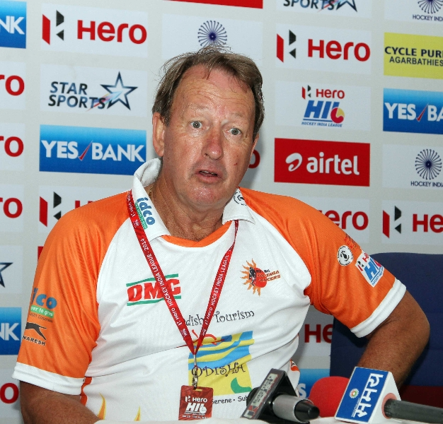 terry-walsh-coach-of-kl-during-post-match-press-conference