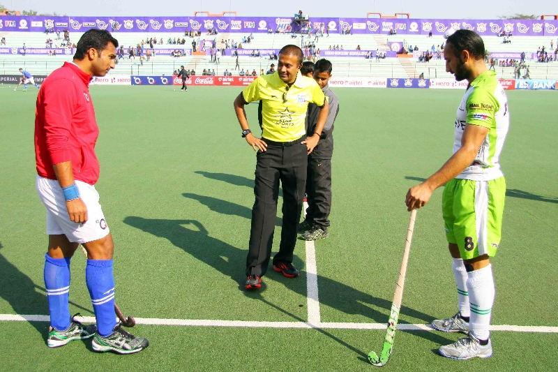 toss-between-upw-vs-dwr-at-lucknow