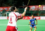 simon-mantell-player-of-dmm-in-action-against-jpw-at-mumbai-on-08th-feb-2014