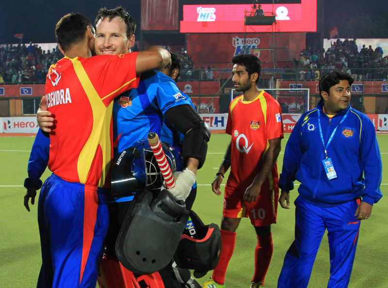 rr-celebrates-after-win-the-match-at-ranchi-6