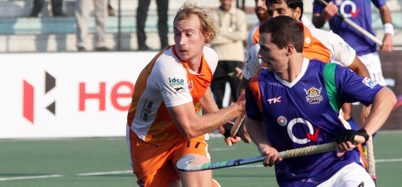 sander-baart-of-upw-in-action-against-kl-at-lucknow-2