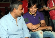 bollywood-actor-vivek-oberoi-in-their-dmm-vs-rr-today-match