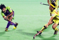 arjun-halappa-of-dwr-in-action-against-rr-at-delhi