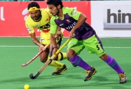 imran-khan-of-dwr-in-action-against-rr-at-delhi