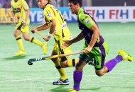 matt-gohdes-of-dwr-in-action-against-rr-at-delhi
