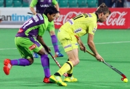 moritz-furste-c-of-rr-in-action-against-dwr-at-delhi