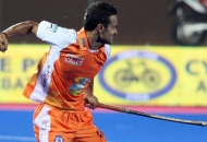 lalit-upadhyay-of-kl-scoring-a-goal-against-upw-2