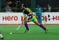 sardar-singh-c-of-dwr-in-action-against-dmm_0