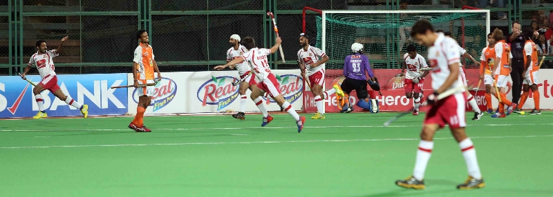dmm-players-celebrates-after-scoring-a-goal-against-kl