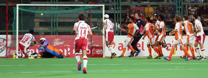 ravipal-singh-player-of-dmm-scoring-a-goal-against-kl