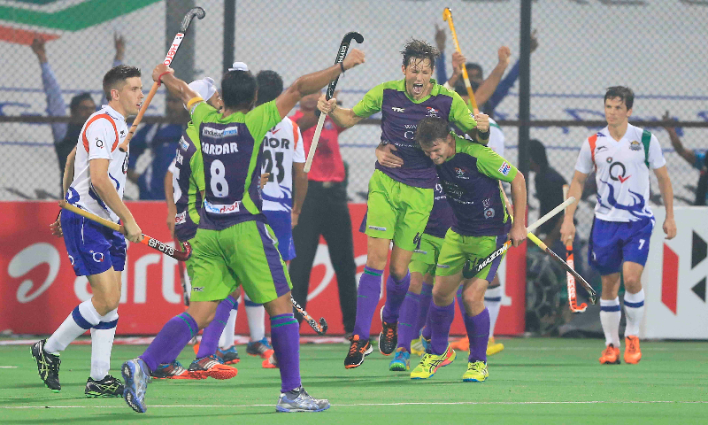 dwr-celebrates-after-scoring-a-3rd-goal-at-delhi-4