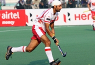 Prabhjot singh of DMM in action against UPW at lucknow