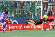 UPW scoring a goal against DMM at lucknow
