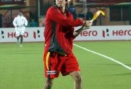 rr-player-in-action-during-warm-up-session