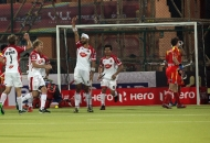 sandeep-singh-show-his-finger-celebrating-1rst-goal-for-mumbai-magician-team-during-17th-match-of-hhil2013-at-ranchi