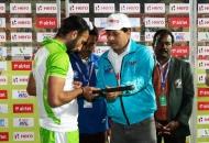 its-autograph-time-sardar-singh