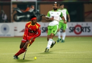 ranchi-rhinos-players-and-delhi-wave-riders-players-in-action-during-11th-match-of-hhil-at-astroturf-hockey-stadium-ranchi-on-date-23-jan-2013-1