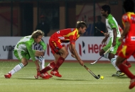 ranchi-rhinos-players-and-delhi-wave-riders-players-in-action-during-11th-match-of-hhil-at-astroturf-hockey-stadium-ranchi-on-date-23-jan-2013-3