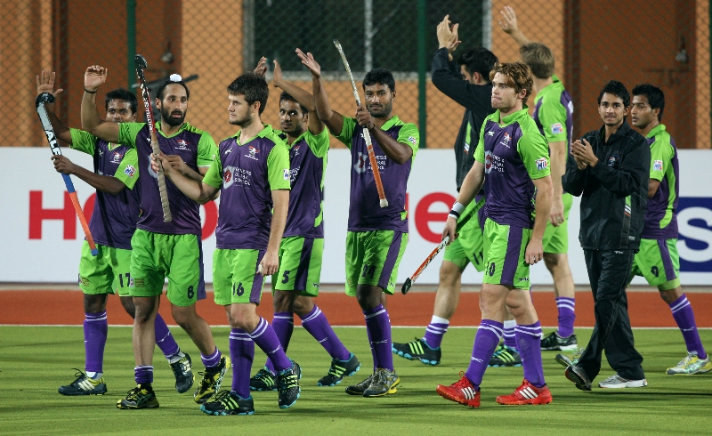 delhi-wave-rider-after-won-the-22nd-match-of-hhil2013-at-ranchi-4