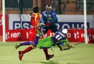 gurvinder-chandi-scoring-first-goal-of-the-match-for-dwr-maych-no-22nd-hhil-2013-at-ranchi-1