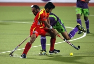 ranchi-rhinos-players-and-dwr-player-in-action-during-22nd-match-of-hhil2013-at-astroturf-hockey-stadium-at-ranchi-on-date-1-feb-2013-3