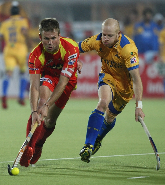 captain-mortiz-furste-in-action-match-no-24-of-hhil2013-at-ranchi-1