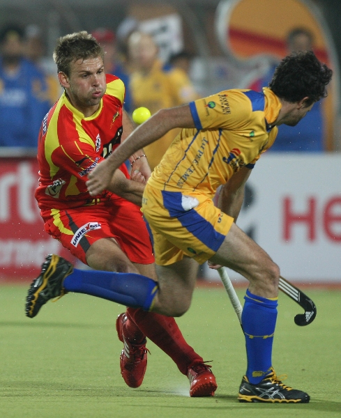 captain-mortiz-furste-in-action-match-no-24-of-hhil2013-at-ranchi-2