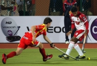 mumbai-magician-player-and-ranchi-rhinos-player-in-action-during-hhil2013-at-ranchi-hockey-stadium-on-date-18-jan-2013-2