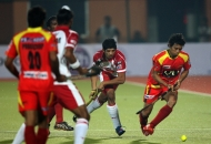 ranchi-rhinos-and-mumbai-magecian-hockey-players-during-hhil2013-at-ranchi-hockey-stadium-on-date-18-january-2013-3