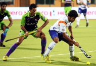 nikkin-chandanda-player-of-upw-in-action-against-dwr