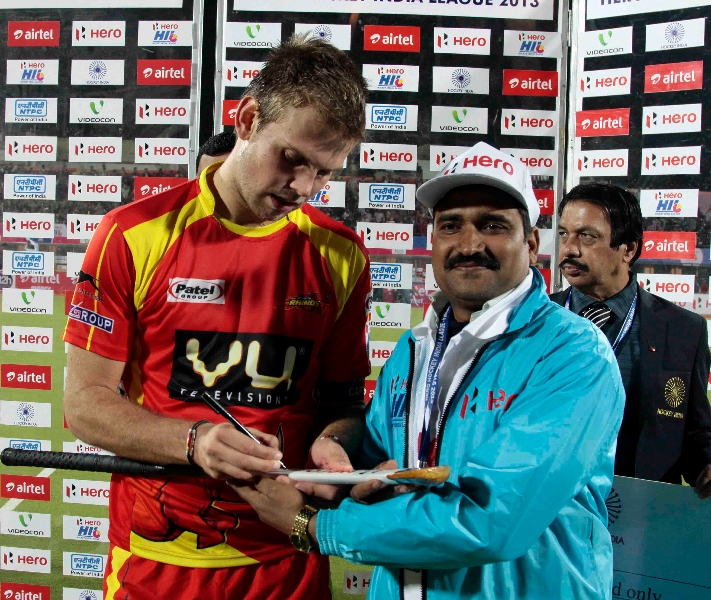 presentation-ceremony-after-the-match-between-rr-vs-upw-at-ranchi-during-1st-semi-final-4