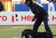 dhanraj-pillai-coach-of-up-wizards-during-the-warmup-session-at-ranchi-before-1st-semi-finals