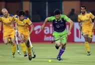 jpw-and-dwr-players-in-action-during-the-2nd-semifinals-at-ranchi-on-9th-feb-2013-2