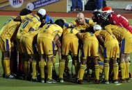 jpw-team-huddles-before-the-match-against-dwr-at-ranchi-on-9th-feb-2013