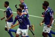 up-wizards-celebrating-their-first-goal-against-mumbai-magicians-at-lucknow-2