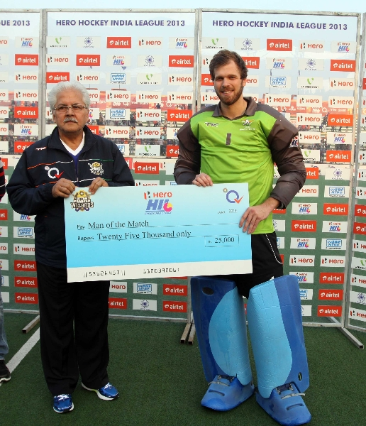 nicolas-jecobi-receive-man-of-the-match-awards-during-presentation-ceremony-at-lucknow