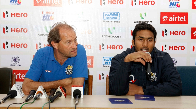 raghunath-upw-captain-along-with-his-coach-during-post-match-press-conference-at-lucknow-on-3rd-feb-2013