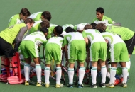 dwr-huddle-before-start-the-match