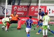 gurvinder-chandi-trying-to-hit-the-goal-against-upw-at-lucknow-on-3rd-feb-2013